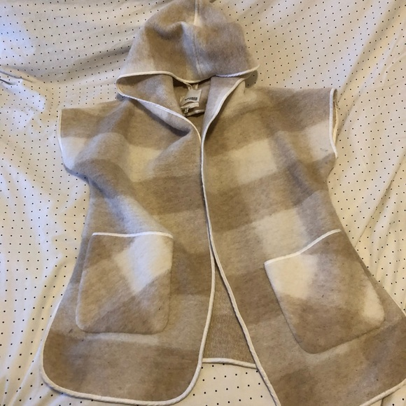 Aritzia Wilfred wool poncho/vest (discontinued)
